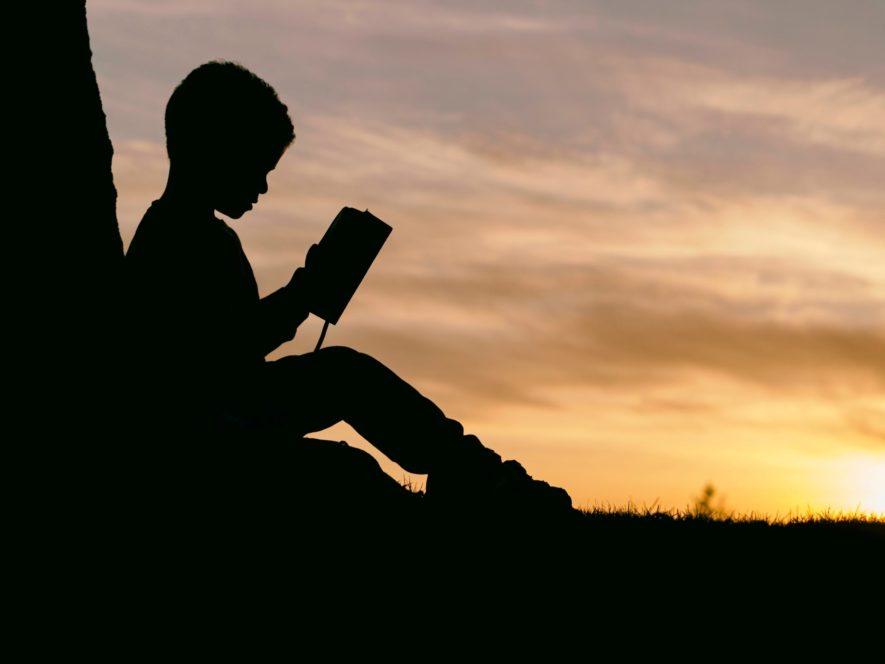 まとめ:読書で無限に新しい自分を手に入れよう