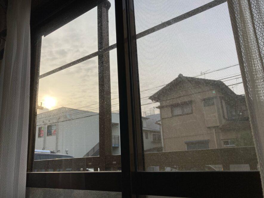 窓のひみつ